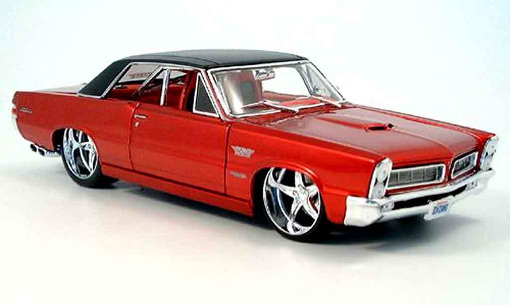 Pontiac GTO 1/18 Maisto tuning rouge miniature
