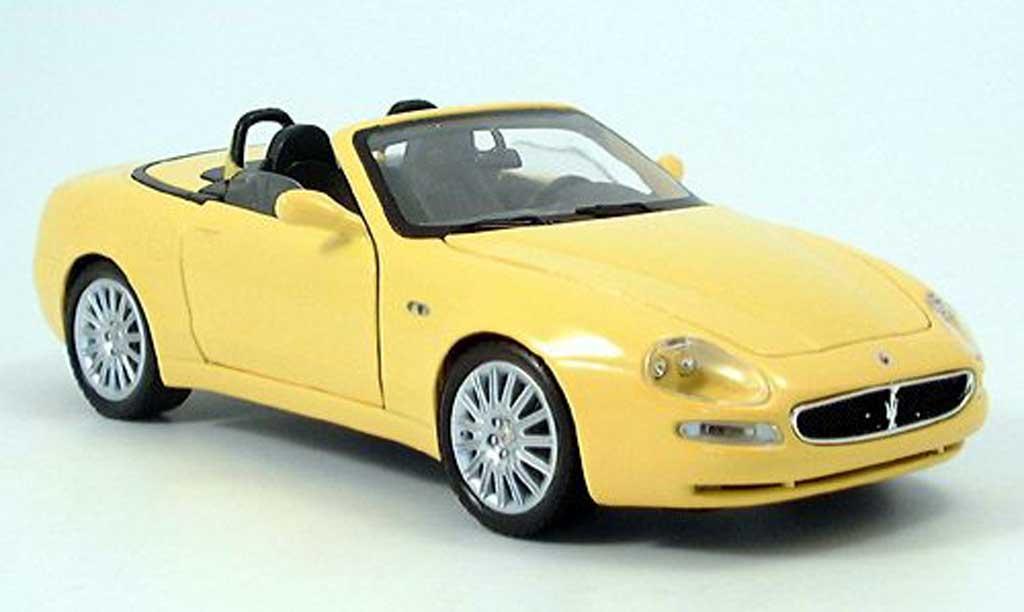 Maserati GT Spyder 1/18 Burago jaune 2003 miniature