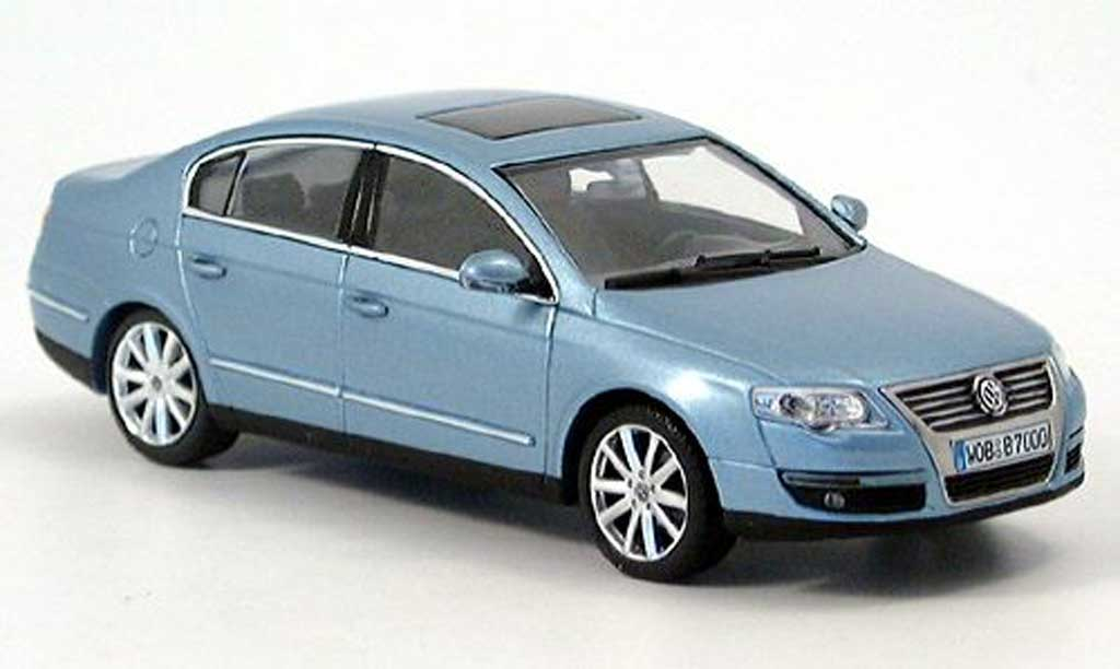 Volkswagen Passat 1/43 Minichamps (B6) bleu 2005 miniature