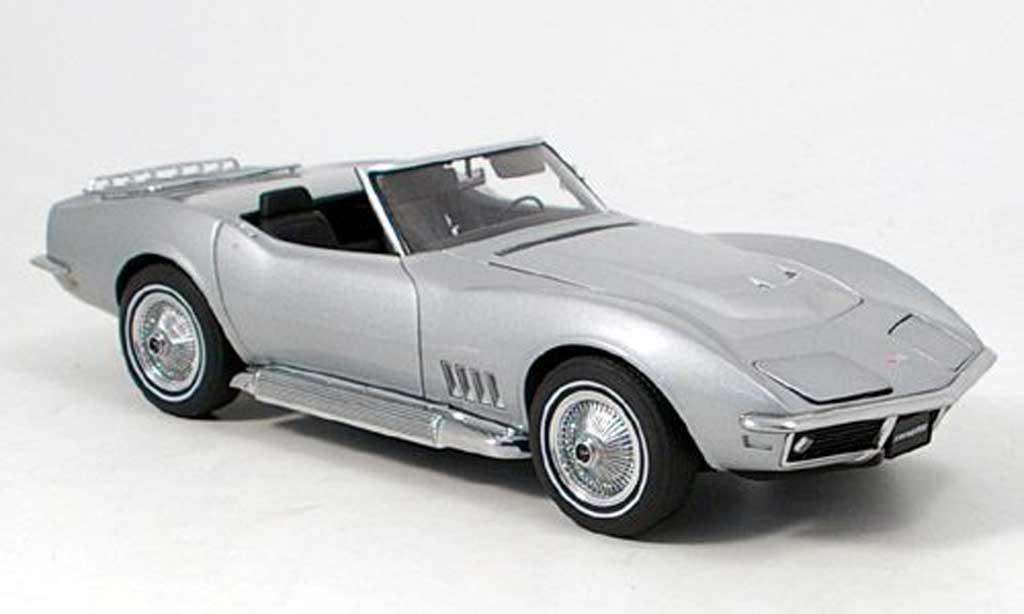 Chevrolet Corvette C3 1/18 Autoart grey 1969 diecast model cars
