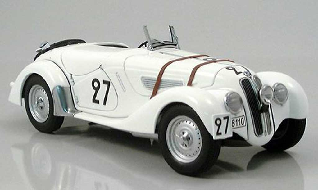 Bmw 328 1938 1/18 Autoart roadster le mans blanche numero 27 miniature