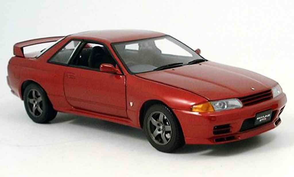 Nissan Skyline R32 1/18 Kyosho gt-r rouge miniature