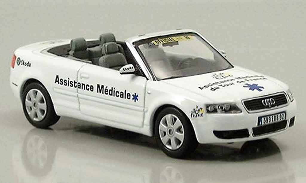 Audi A4 cabriolet 1/43 Norev Assistance Medicale modellautos