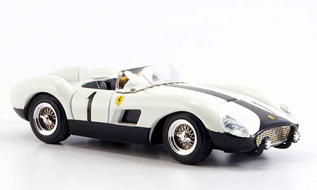 Ferrari 500 TRC 1/43 Art Model gp batista falla 1957 modellino in miniatura
