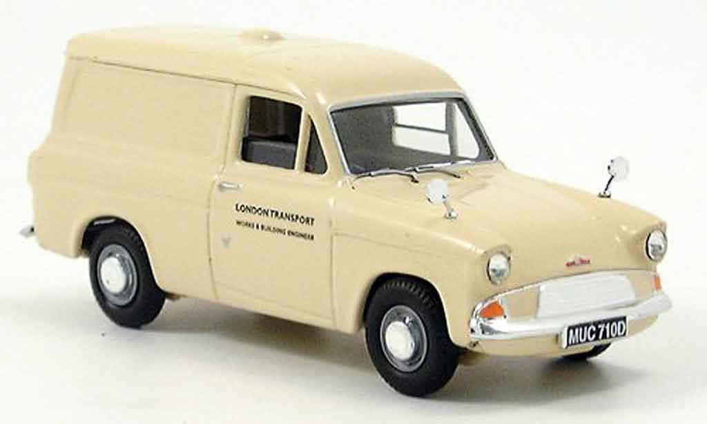 Ford Anglia 1/43 Vanguards Van London Transport miniature