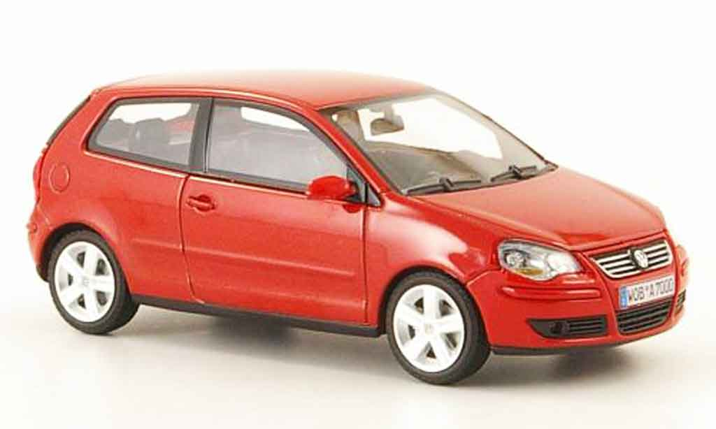 Volkswagen Polo 2005 1/43 Minichamps rouge miniature