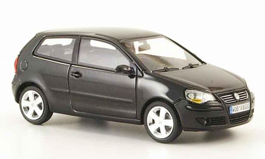 Volkswagen Polo 2005 1/43 Minichamps noire miniature