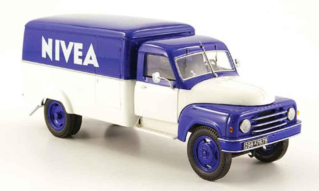 Hanomag L28 1/43 Schuco Nivea miniature