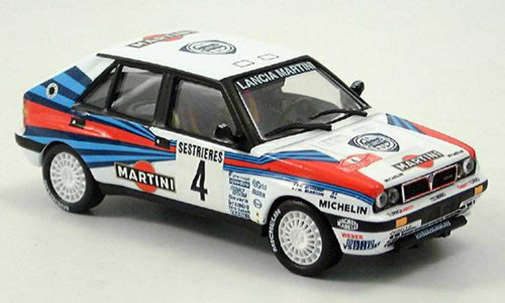 Lancia Delta HF Integrale 1/43 IXO Martini Racing No. 4 1989 miniature