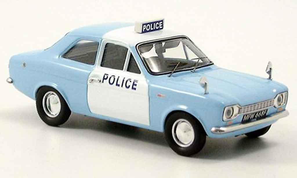 Ford Escort MK1 1/43 Trofeu police miniature