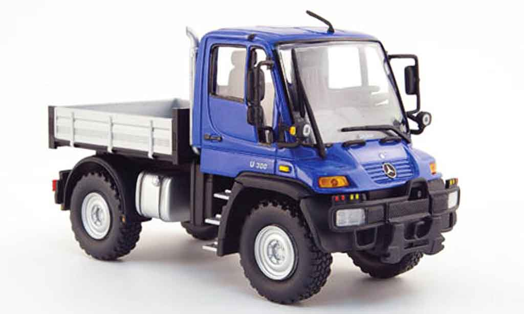 Mercedes Unimog 1/43 Schuco U 300 bleu diecast model cars