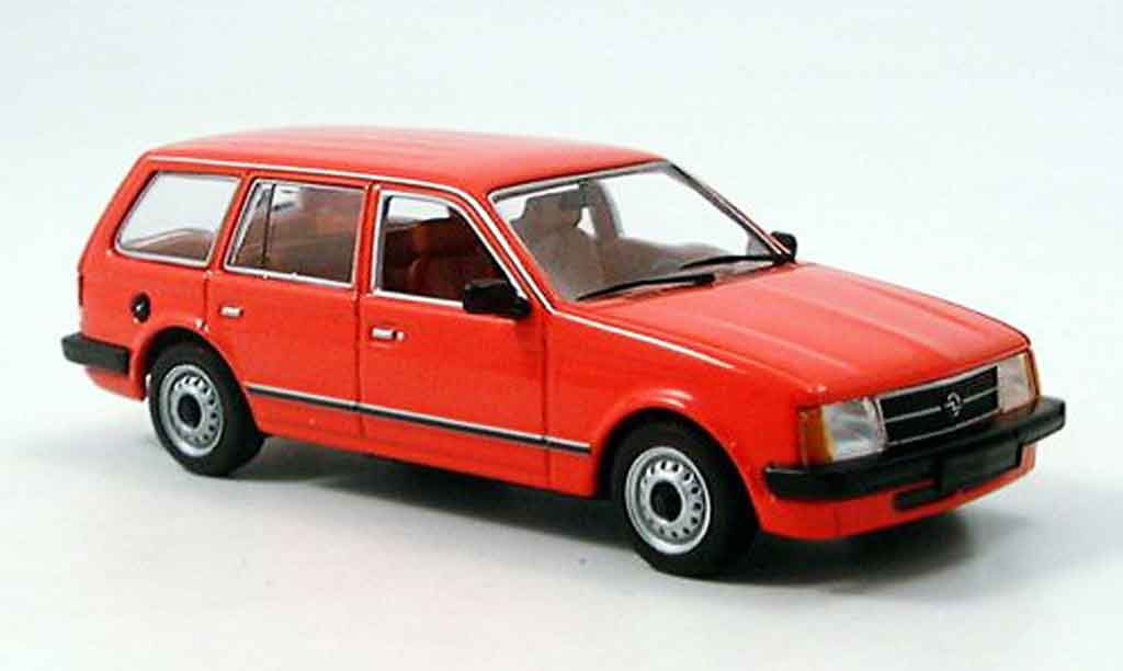 Opel Kadett D 1/43 Minichamps caravan rouge 1979 miniature