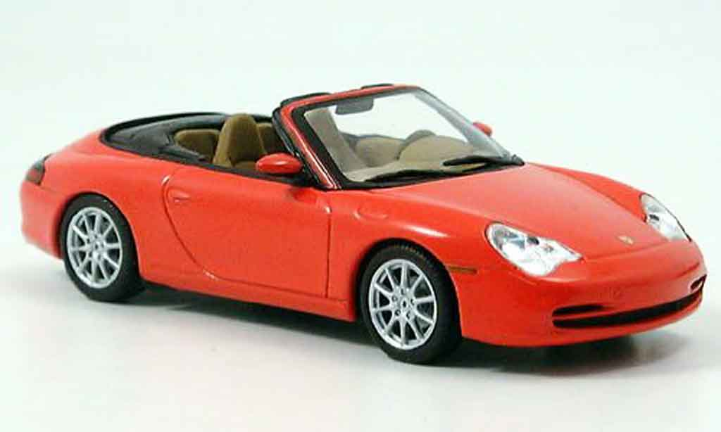 Porsche 996 Cabriolet 1/43 Minichamps red 2001 diecast