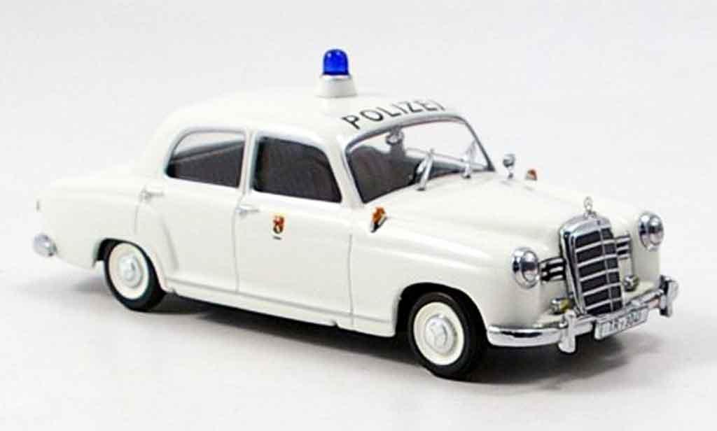Mercedes 180 1/43 Minichamps police Trier miniature