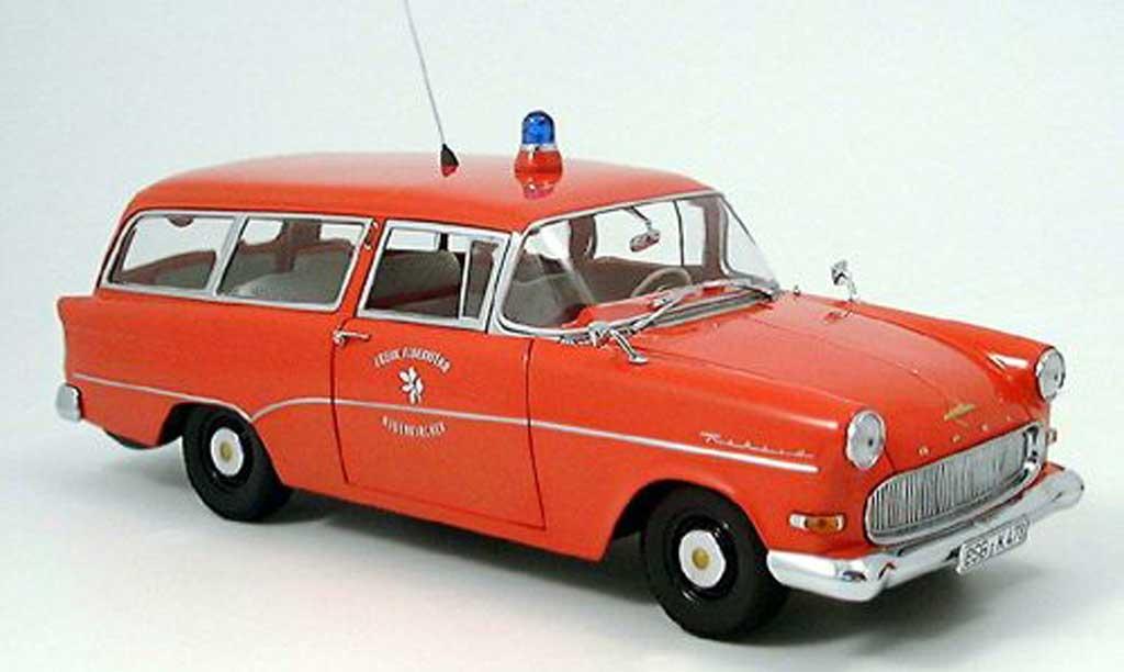 Opel Rekord 1/18 Minichamps p1 caravan pompier neuenkirchen miniature