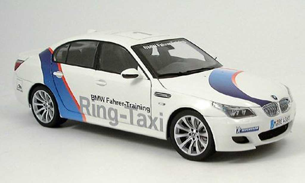 Bmw M5 E60 1/18 Kyosho ring taxi nurburgring 2005 miniature