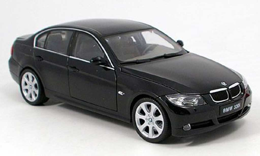Bmw 330 E90 1/18 Welly i black diecast model cars