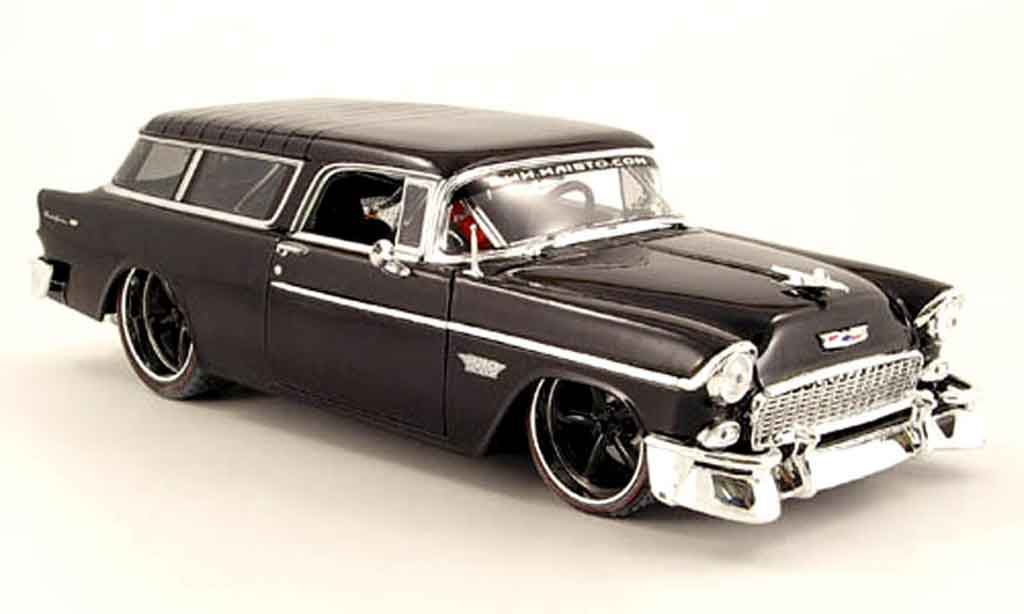 Chevrolet Nomad 1/18 Maisto noire tuning car miniature