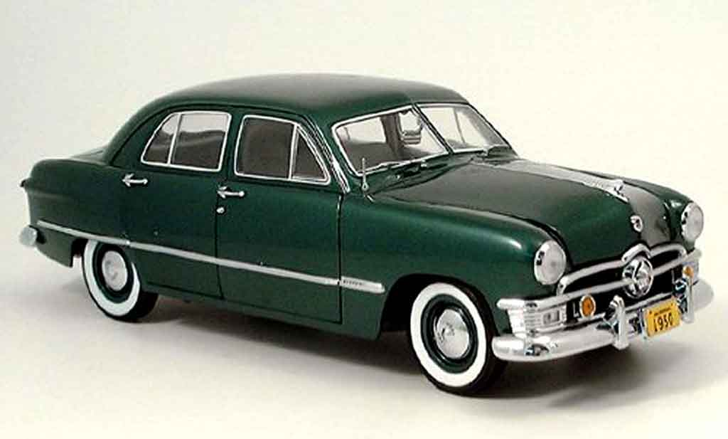 Ford Custom 1/18 Precision grun 1950 miniature