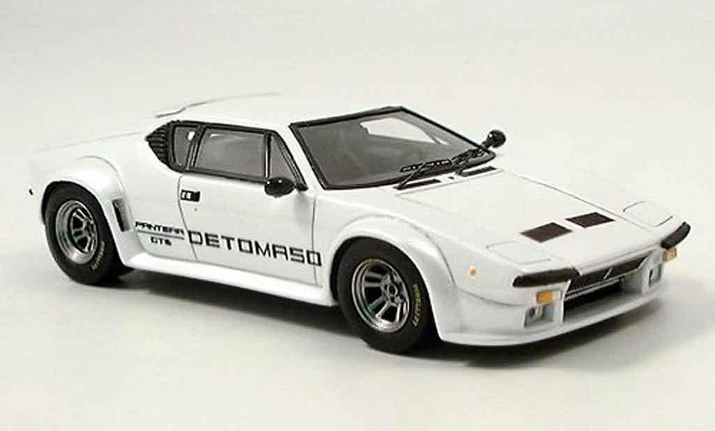 De Tomaso Pantera GT5 1/43 Spark blanche 1981 miniature