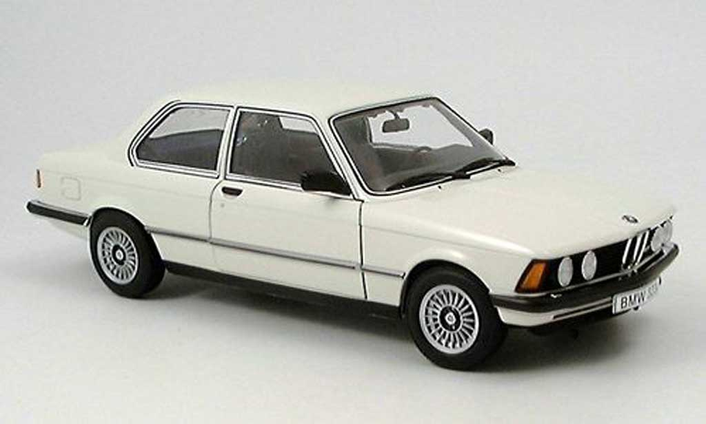 Bmw 323 1/18 Autoart e21 white 1977 diecast model cars
