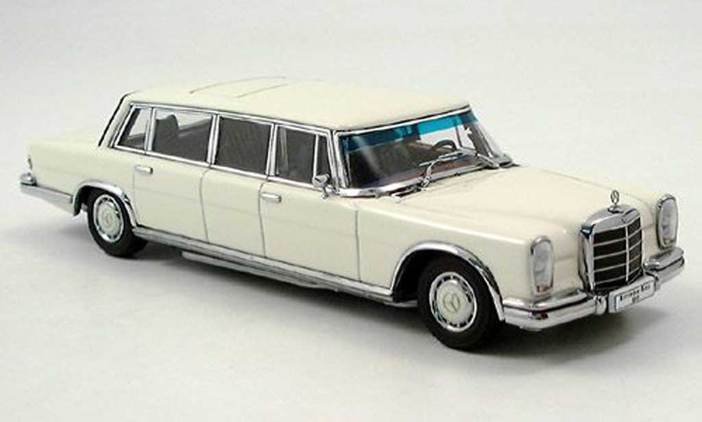 Mercedes 600 1/43 Autoart (W100) LWB white diecast model cars