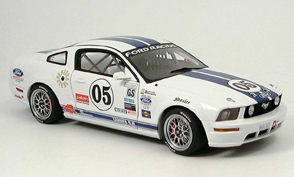 Ford Mustang 2005 1/18 Autoart 2005 racing fr 500 c no.5 grand am cup modellautos