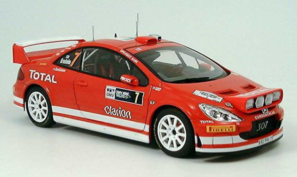 Peugeot 307 WRC 1/18 Autoart no.7 total rallye deutschland 2005 diecast model cars