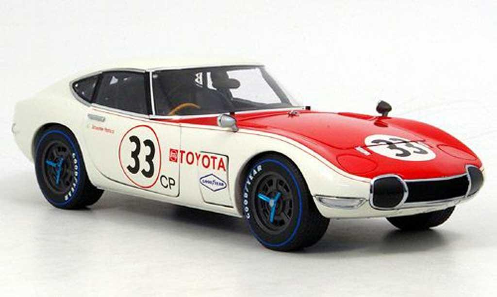 Toyota 2000 GT SCCA 1/18 Autoart no.33 1968 miniature