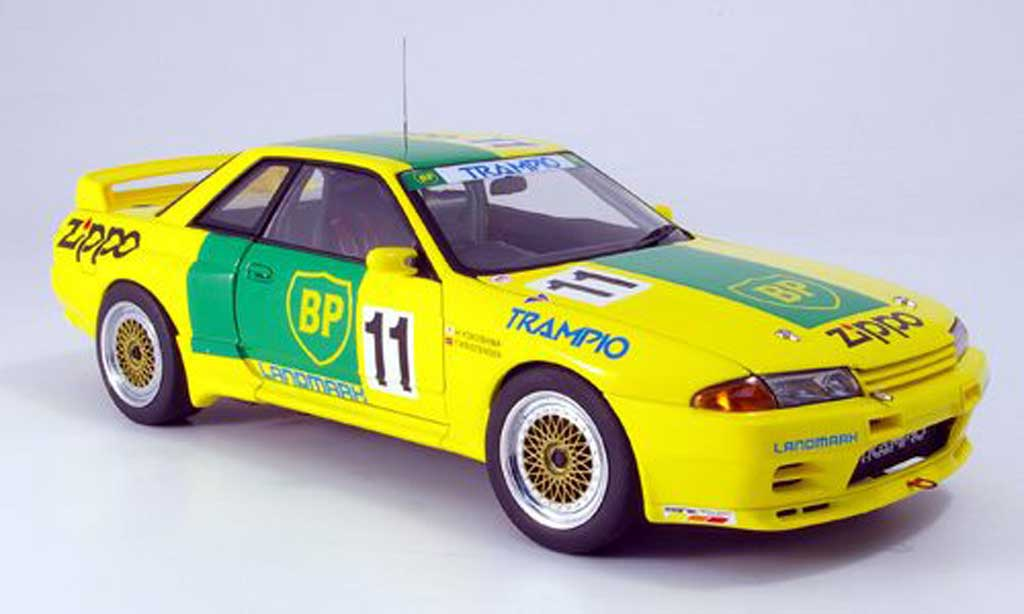 Nissan Skyline R32 1/18 Autoart gtr bp oil 1993 diecast model cars