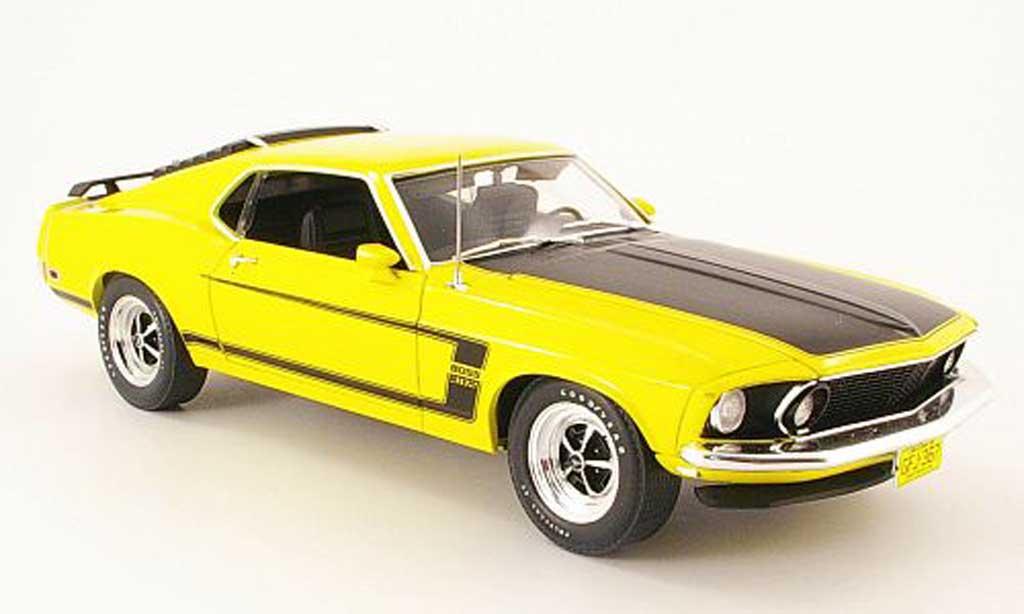 Ford Mustang 1969 1/18 Highway 61 boss 302 gelb/mattschwarz modellautos