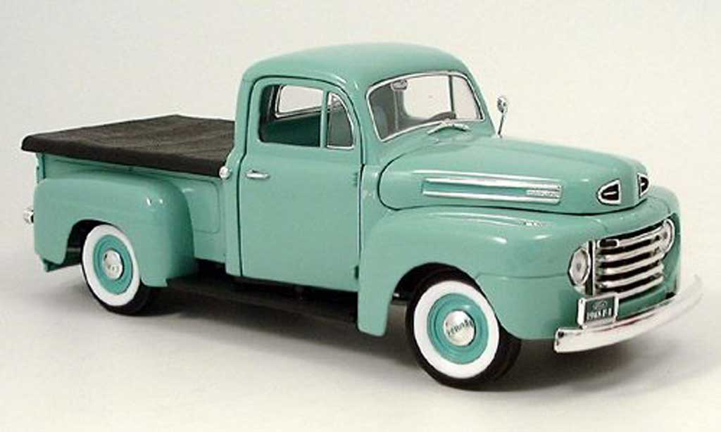 Ford F-1 1/18 Yat Ming pick up verte 1948 miniature