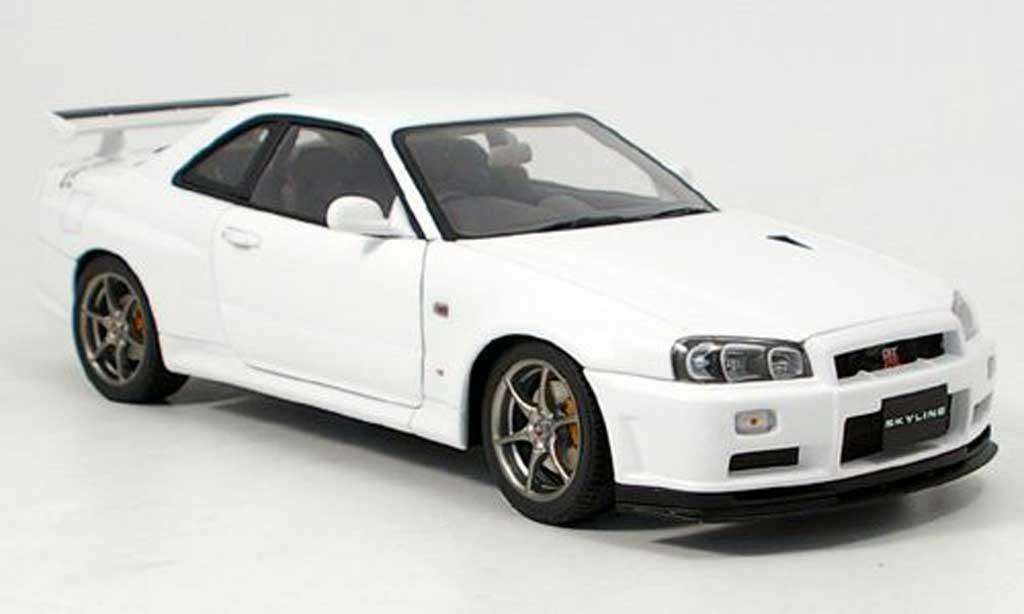 Nissan Skyline R34 1/18 Autoart gt-r v-spec. ii bianco modellino in miniatura