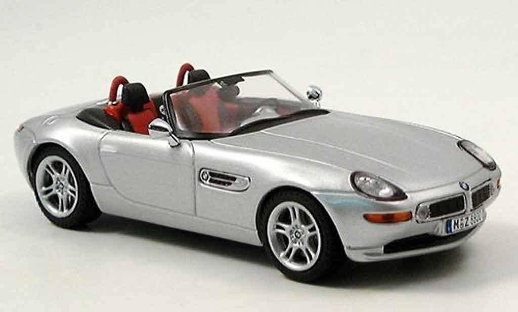 Bmw Z8 1/43 IXO grise metallisee 2001 miniature
