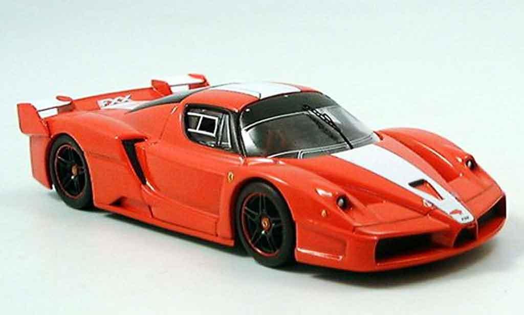 Ferrari Enzo FXX 1/43 IXO rouge 2005 miniature