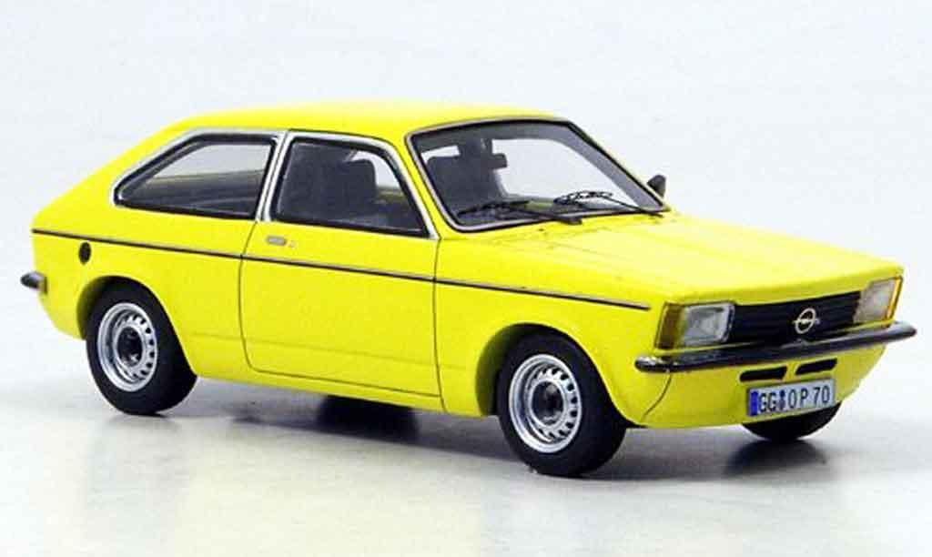 Opel Kadett C 1/43 Neo city jaune 1978 miniature