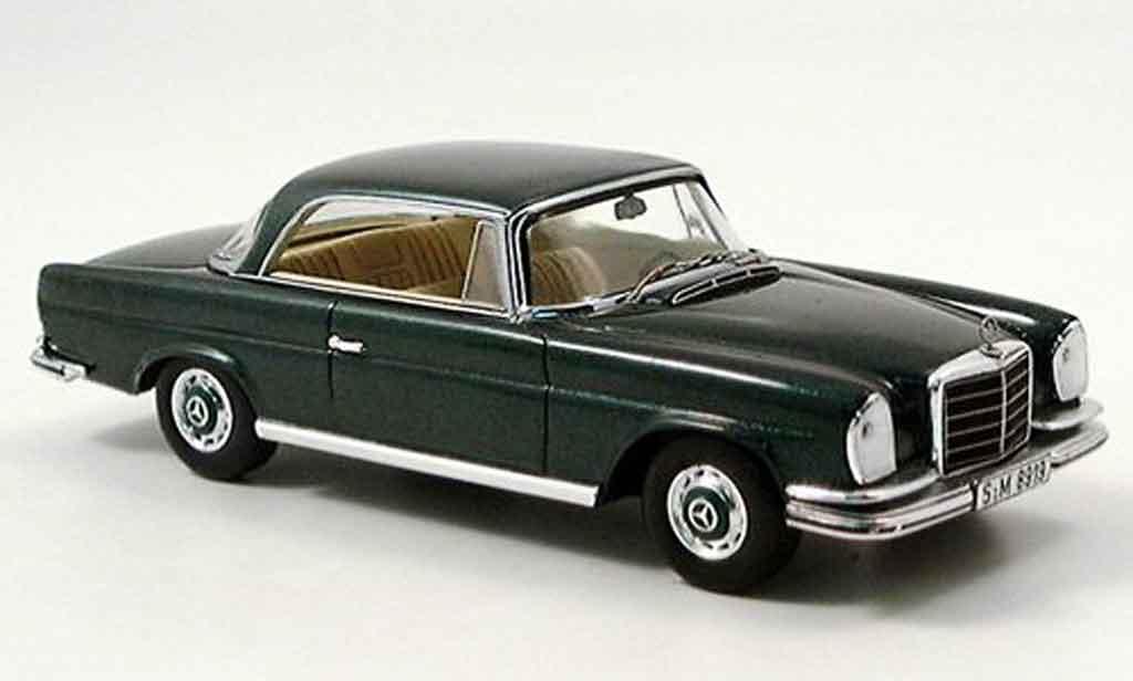 Mercedes 280 1961 1/43 Spark SE 3.5 Coupe (W 111)  verte 1961 71 miniature