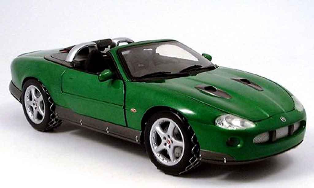 Jaguar XKR 1/18 Ertl roadster james bond collection green