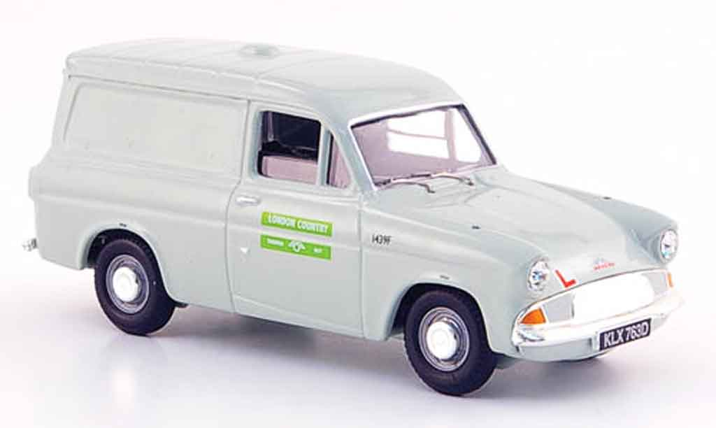 Ford Anglia 1/43 Vanguards Van London Country miniature