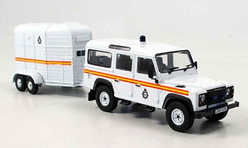 Land Rover Defender 1/43 Vanguards Royal Parks Const. police England miniature