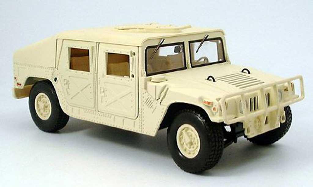 Hummer Humvee 1/18 Motormax beige miniature
