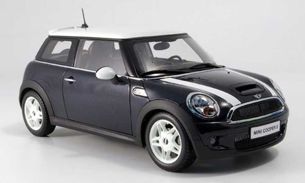 Mini Cooper S 1/18 Kyosho new black avec white bandes diecast model cars