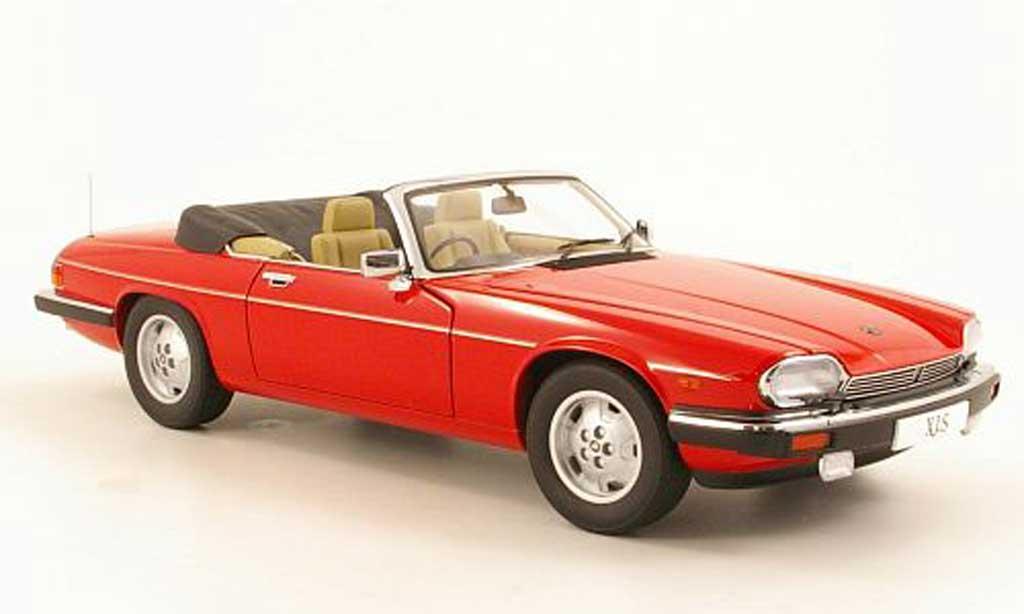 Jaguar XJS 1988 1/18 Autoart Convertible rouge RHD miniature