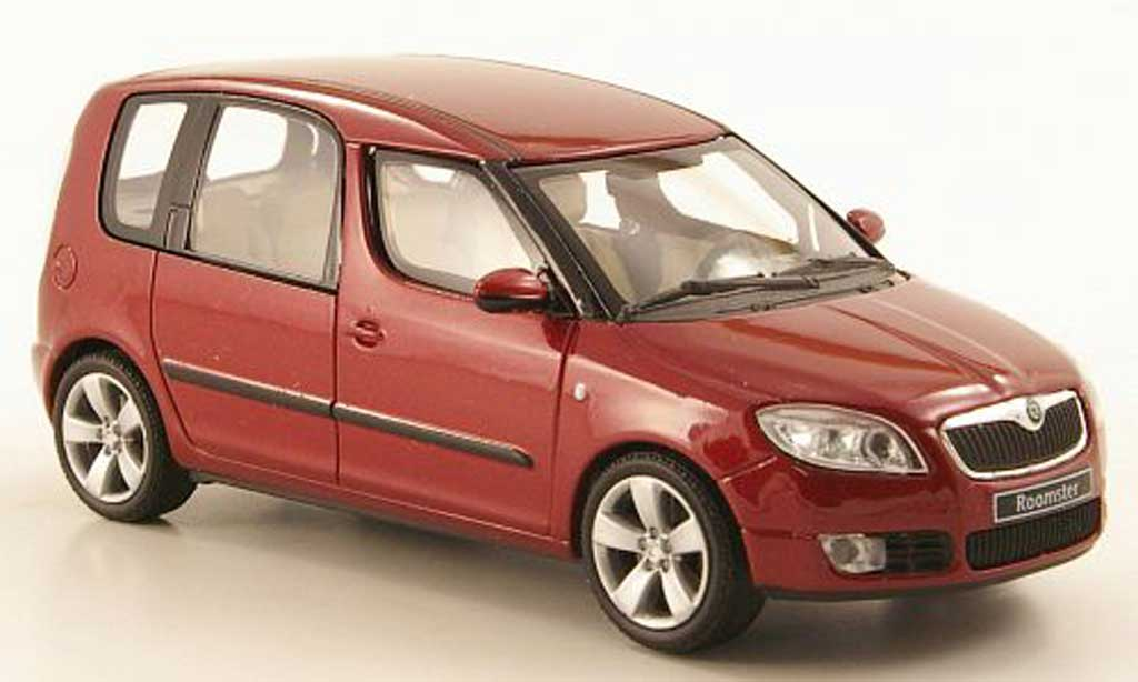 Skoda Roomster 1/43 Abrex rouge 2006 miniature