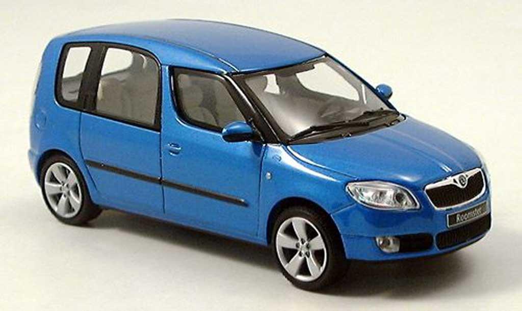 Skoda Roomster 1/43 Abrex bleu 2006 miniature