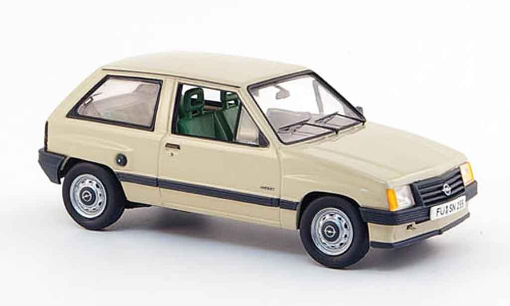Opel Corsa 1/43 Schuco a beige 1982 miniature
