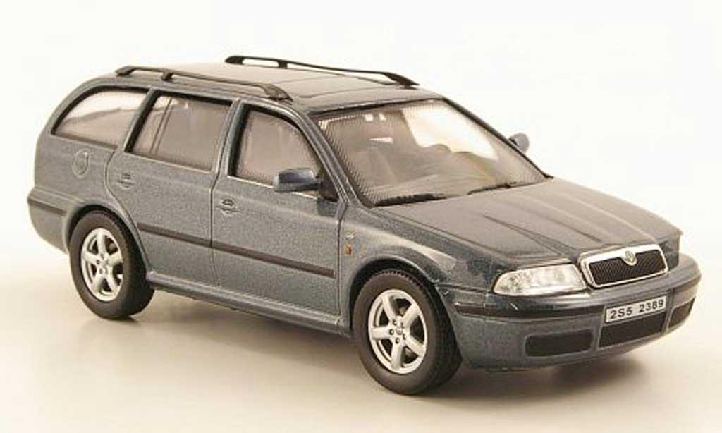 Skoda Octavia Combi 1/43 Abrex Tour grise miniature