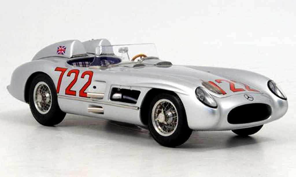 Mercedes 300 SLR 1/18 CMC mille miglia no.722 1955 miniature