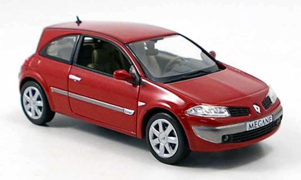 Renault Megane 1/43 Norev coupe rouge 2006 miniature