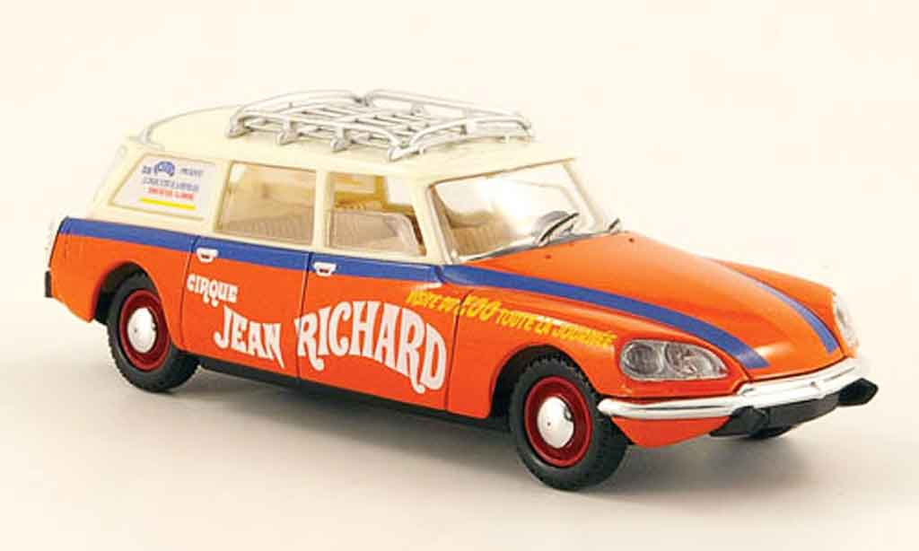 Citroen DS 1/43 Solido break zirkus pinder 1972 miniature